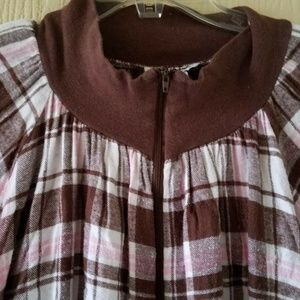 ANTHONY RICHARDS SIZE 10 BROWN  PLAID  GOWN ROBE